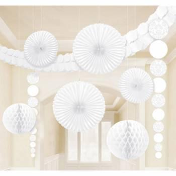 Set deko für den barocken weißen Raum