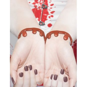 2 Armbänder Blutspuren