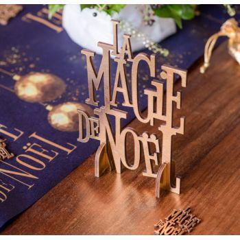 Dekor Die Magie des Goldenen Weihnachtszaubers