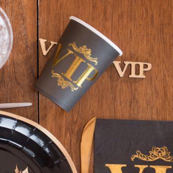 10 Becher VIP-Abend
