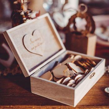 Goldenes Buch Herz-Holz-Box für das Leben