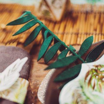 4 Blätter mit grünen Flossen samt und glitzernder Gold