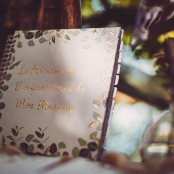 Buch Hochzeitsorganisation Eukalyptus Gold