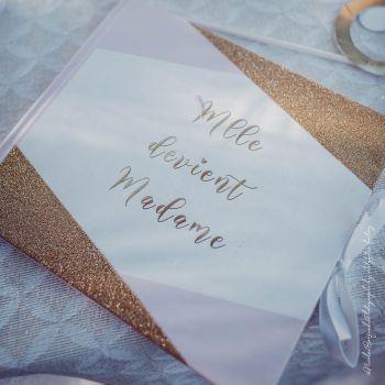 Goldenes Buch Melle wird Madame rosa, weiß, gold