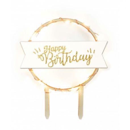 Scrapcooking erhellt Ihre schönsten Geburtstagskuchen mit diesem hellen Happy Birthday Topper-Kuchen, der die Wärme des Holzes mit der...