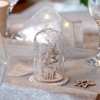 Dekor des Tisches Hirsch unter Glas