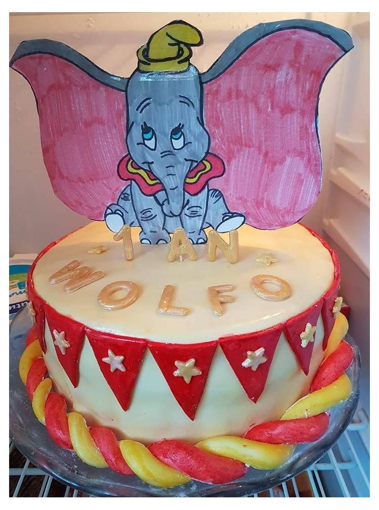 Dumbo Geburtstagstorte Fotos Von Den Kreationen Der Kundinnen Thema Deco